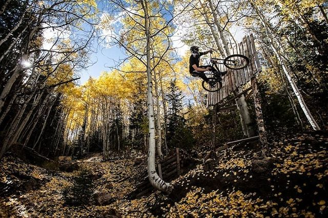 Riding an Eclectic Mix of Features in Utah - Video - Pinkbike  Two friends ride an eclectic mix of slopestyle, DH, new-school, and old-school features on a fresh fall day in Utah. https://www.pinkbike.com/news/riding-an-eclectic-mix-of-features-in-utah-video.html?trk=rss . . . . #bikes #bikeporn #instabike #bike #bikelife #biker #mountainbike #bikeride #bikers #family #races #swarm #root #raceday #mountain #dragrace #mountainbiking #mountainbikes #fitness #adventure #fitnessmotivation #naturephotography #adventures #vacations #natureaddict