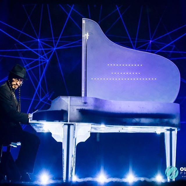 #Russian #Gala #Awards #Ceremony #Performance a few weeks ago!  #piano #LED #grandpiano #instapianist #pianolove #arduino #synesthesia