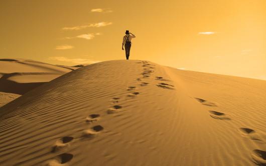 footprints-in-the-sand-wallpaper-hd-6.jpg