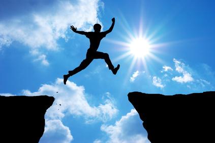 Fotolia_man_silhouette_leaping_blue_sky.jpg