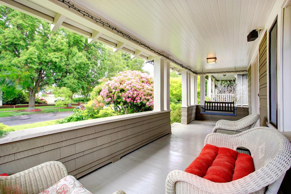 dear lj porch swing 1.jpg