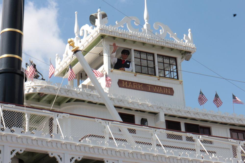 mark twain riverboat captain