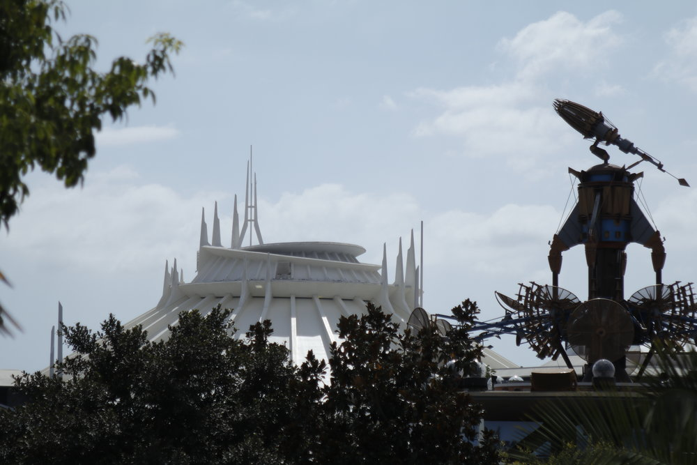 space mountain tomorrowland