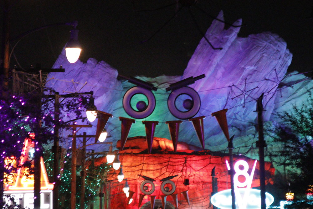 cars land pixar disneyland halloween time
