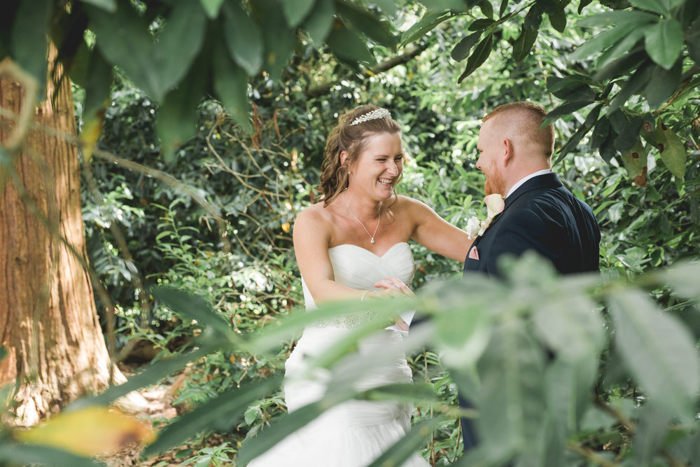 natural-wedding-photographer-Berkshire-15.jpg