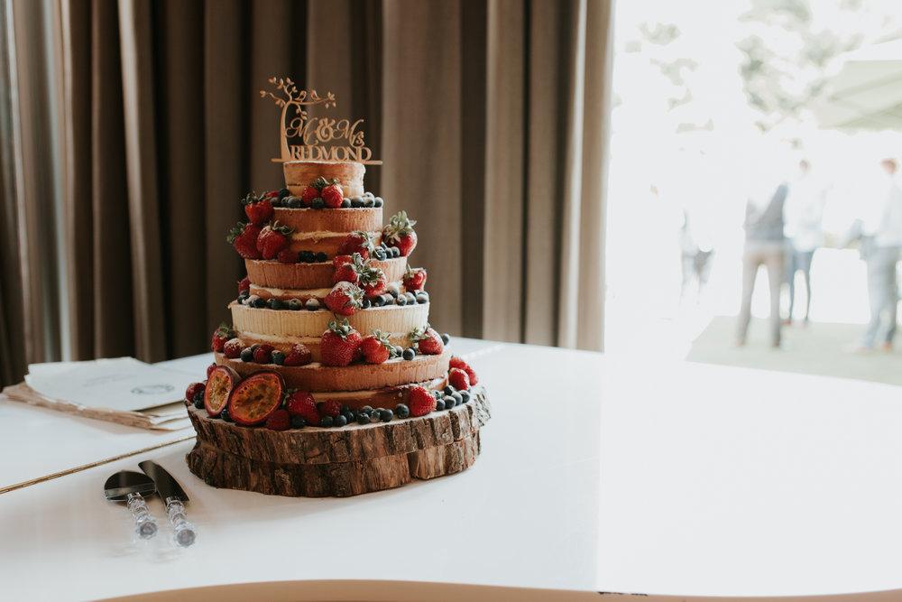 Fun-wedding-photographer-14.jpg