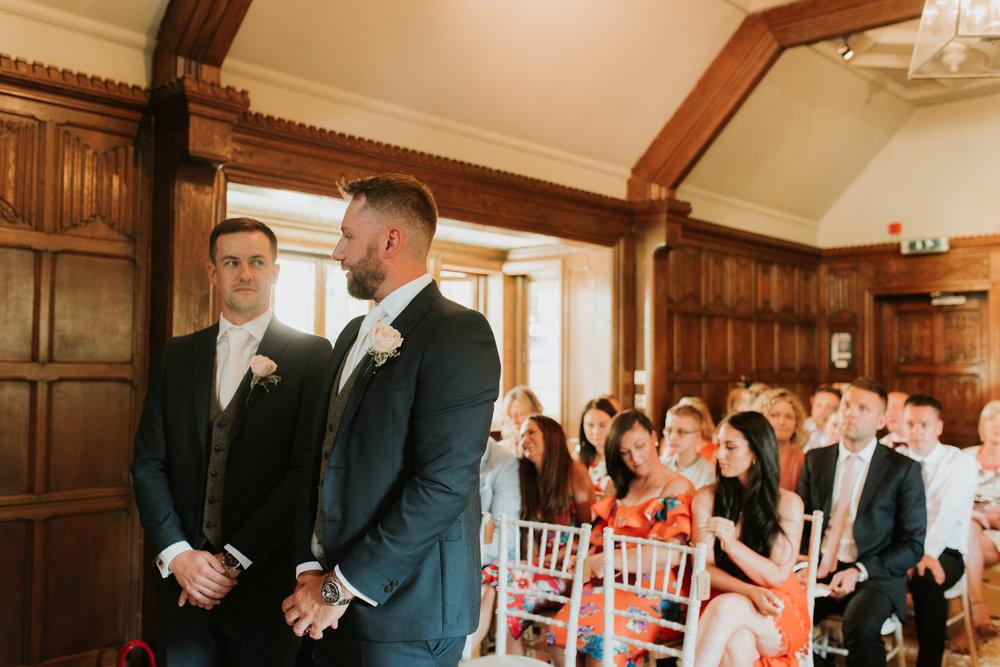 Fun-wedding-photographer-21.jpg