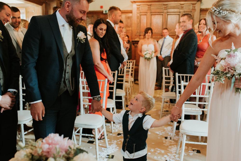 Fun-wedding-photographer-23.jpg