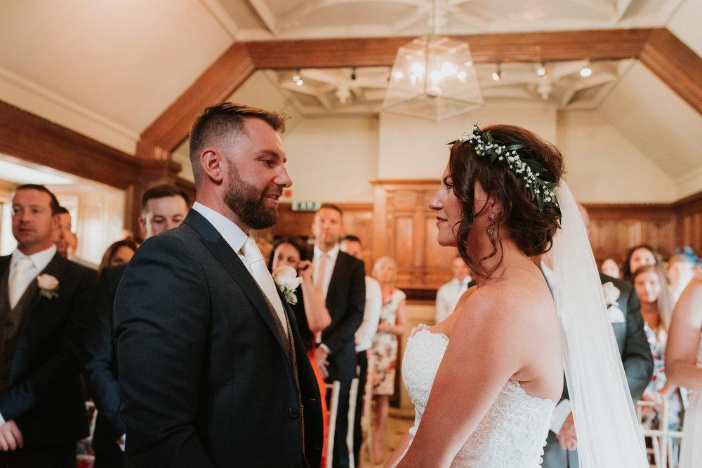 Fun-wedding-photographer-27.jpg