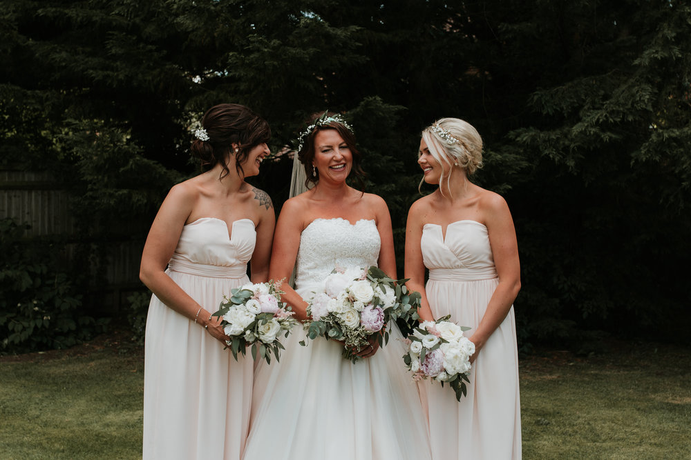 Fun-wedding-photographer-34.jpg