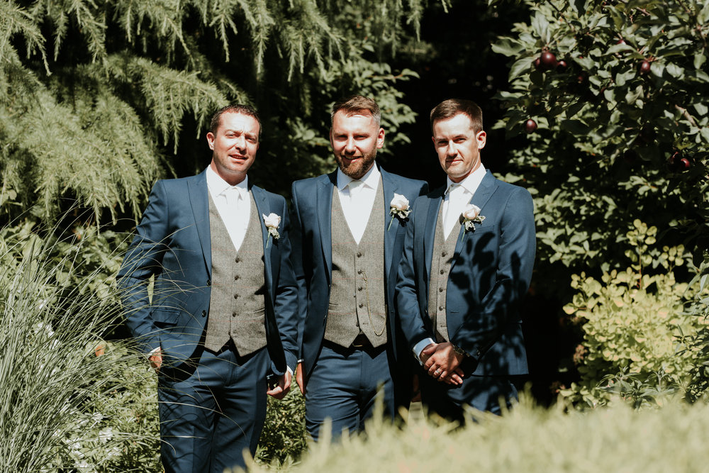 Fun-wedding-photographer-37.jpg