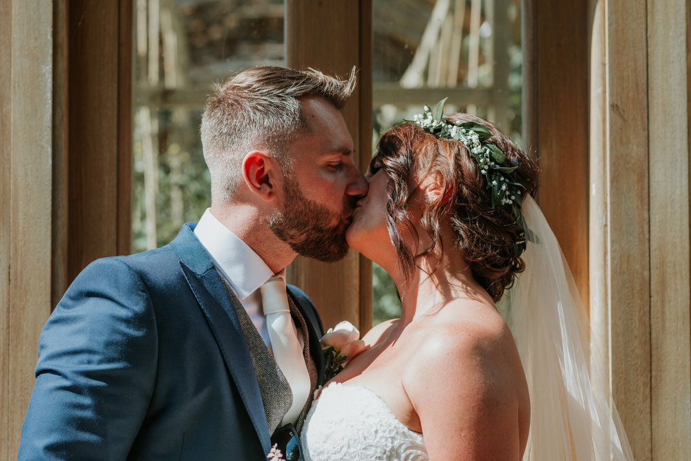 Fun-wedding-photographer-44.jpg