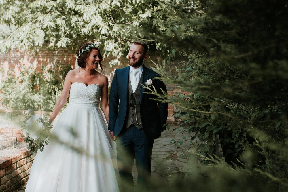 Fun-wedding-photographer-47.jpg