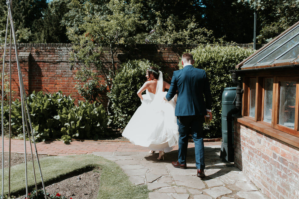Fun-wedding-photographer-48.jpg