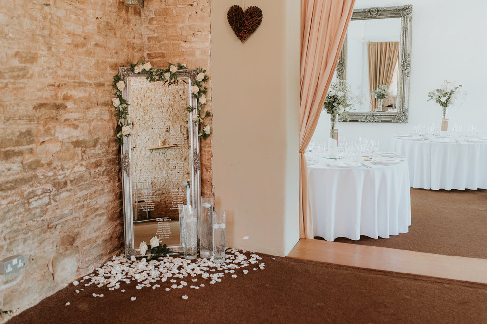 mirror wedding table plan