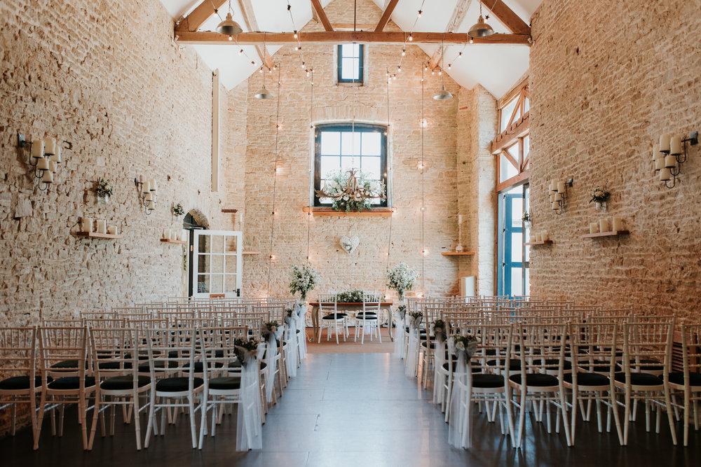 Merriscourt wedding barn Oxfordshire