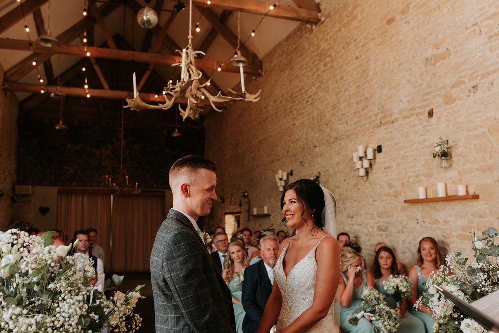 barn wedding photographer Oxfordshire
