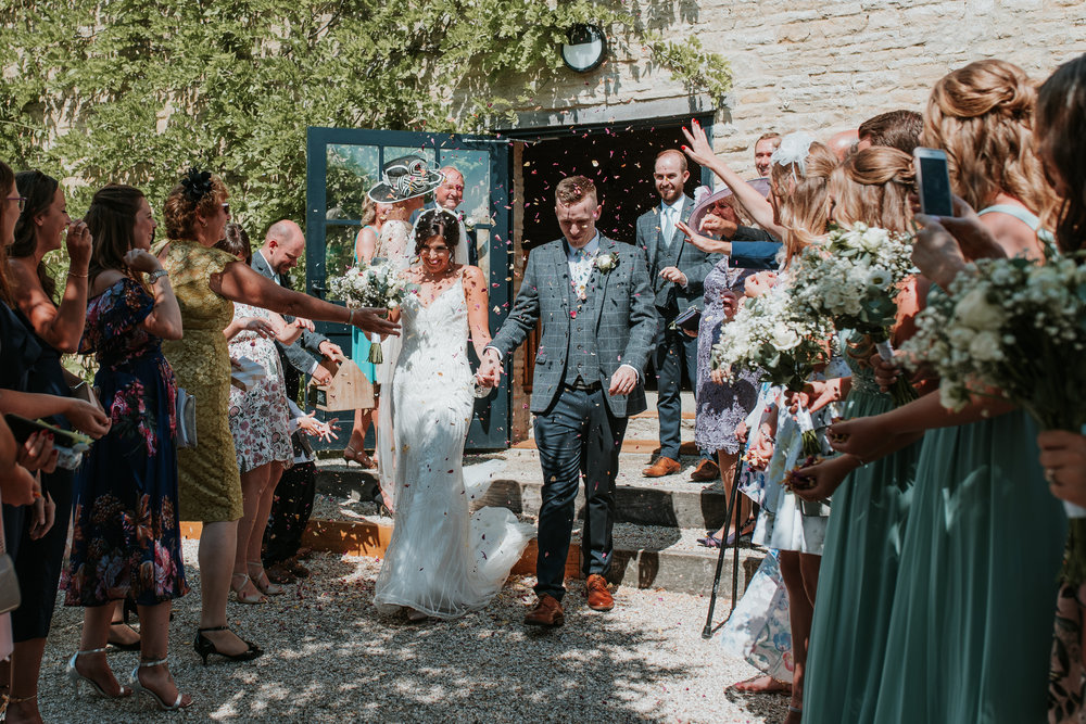 confetti wedding photo Oxfordshire