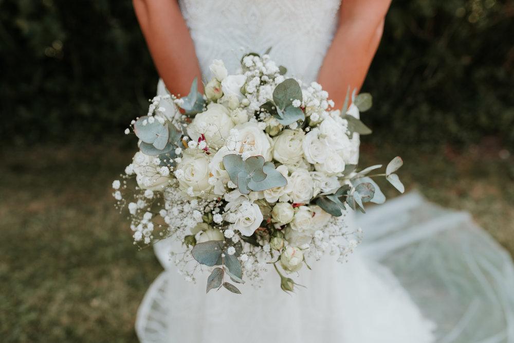 stylish bridal bouquet Oxfordshire