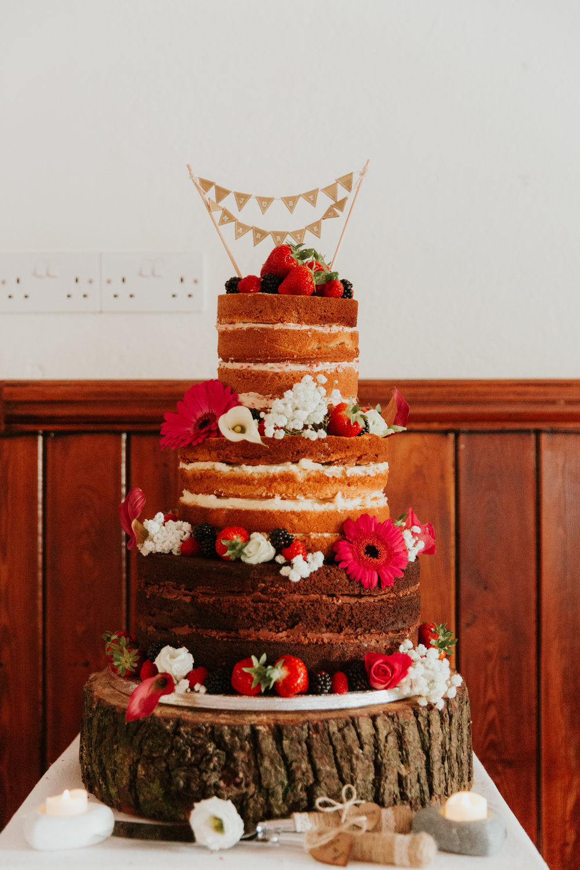 rustic wedding cake Berkshire