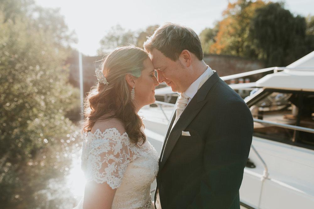 Friendly wedding photographer Berkshire