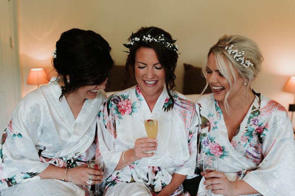 Fun-wedding-photographer-7.jpg