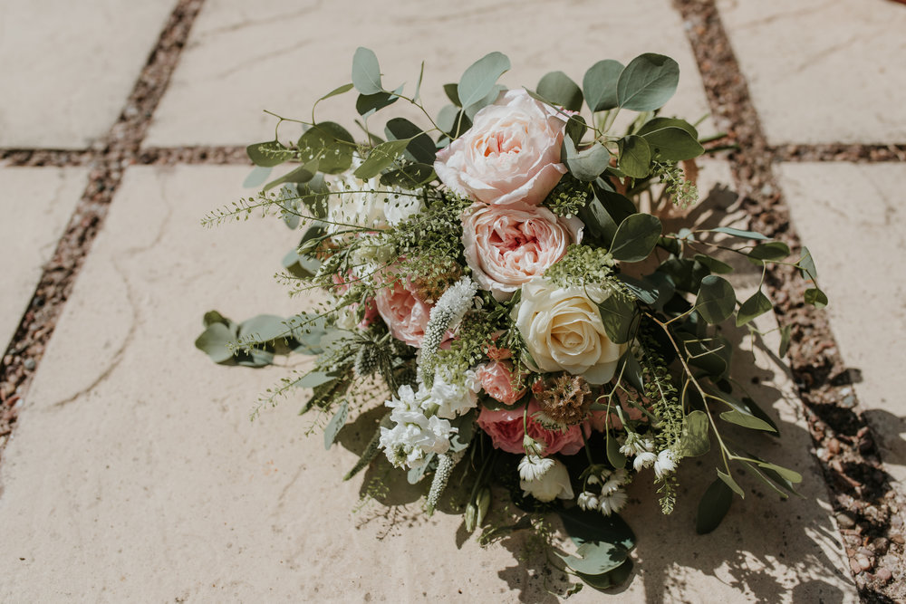 wedding bouquet Lains Barn