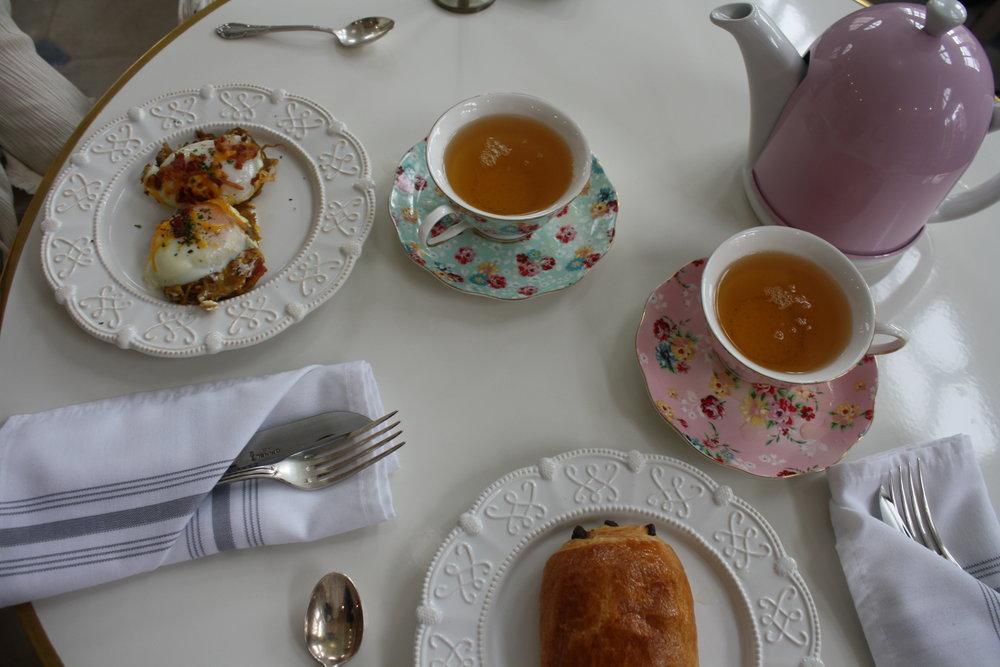 Egg muffin; Green Tea; Chocolate crosaunt