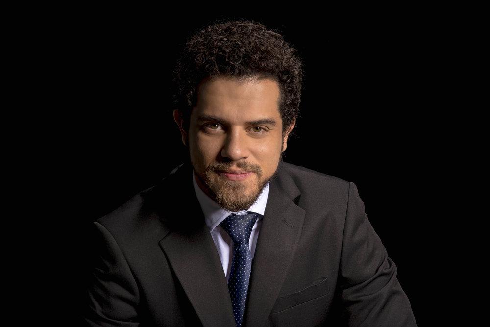 Rafael Andrade Headshot 1 2017.jpeg