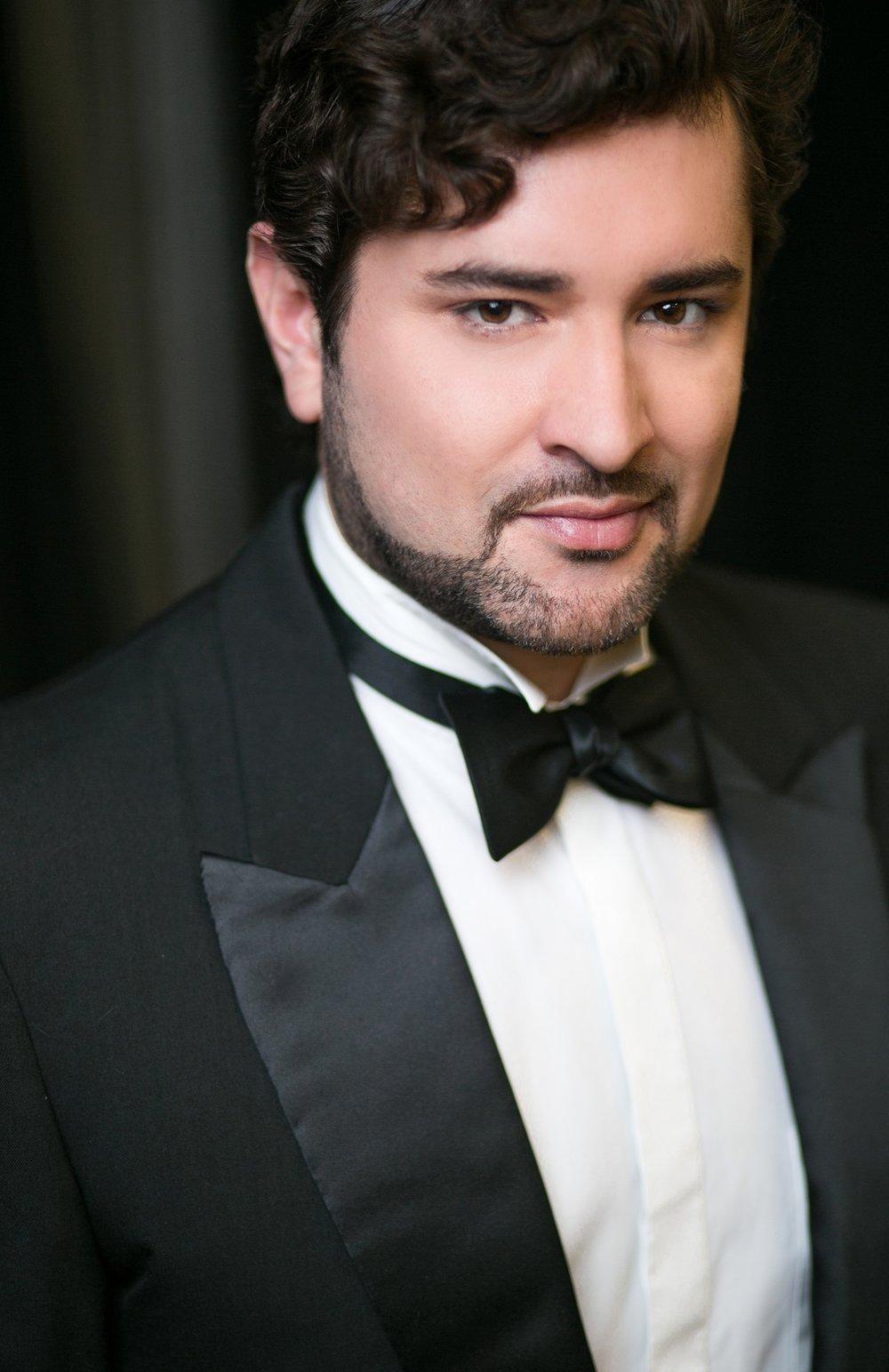 Mauricio Miranda  , Joe