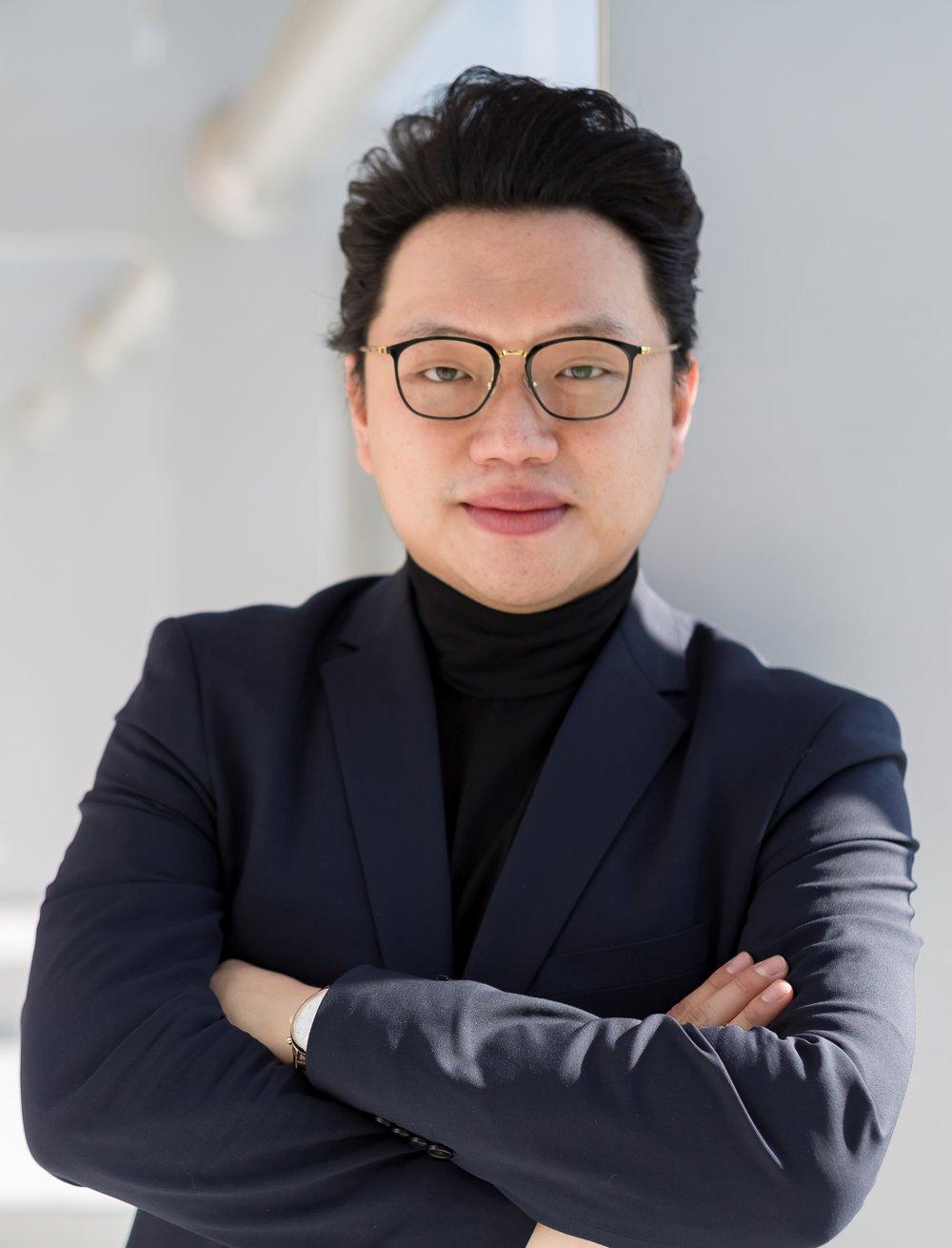 Yi Li, Tenor