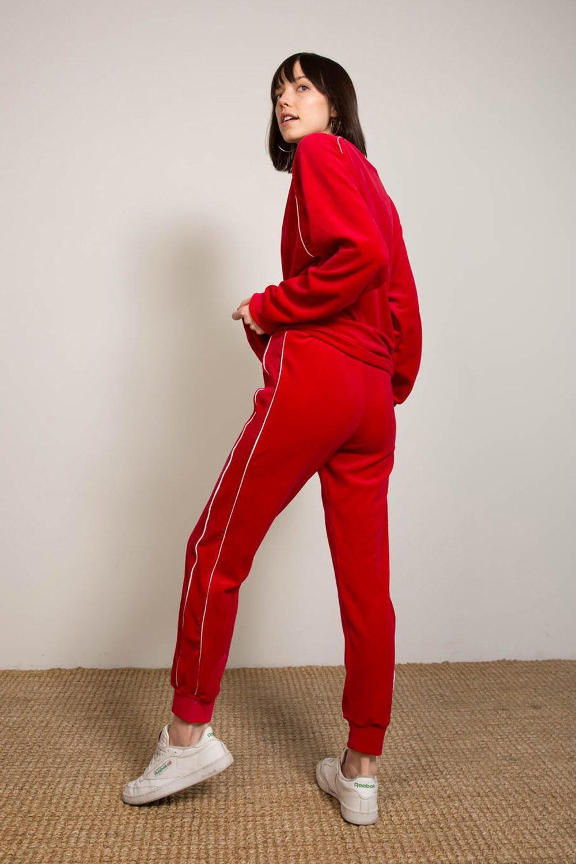 23-liana-clothing-line.jpg