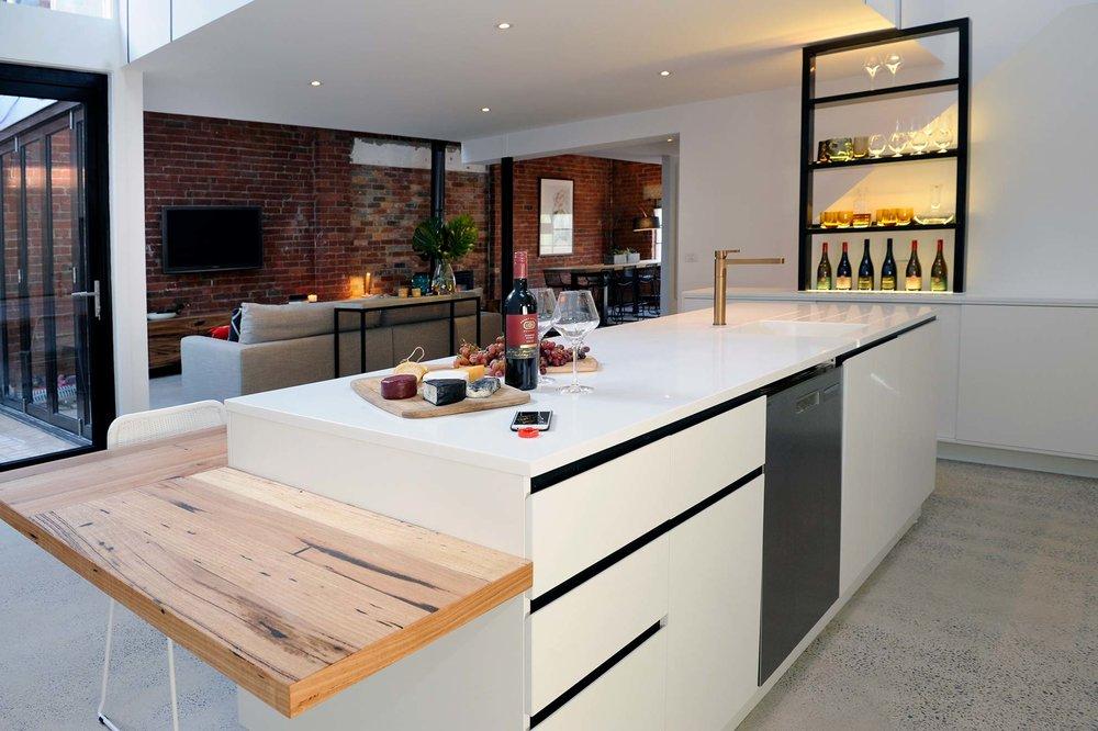Shaynna-Blaze-Corian-Collingwood-renovation-2.jpg
