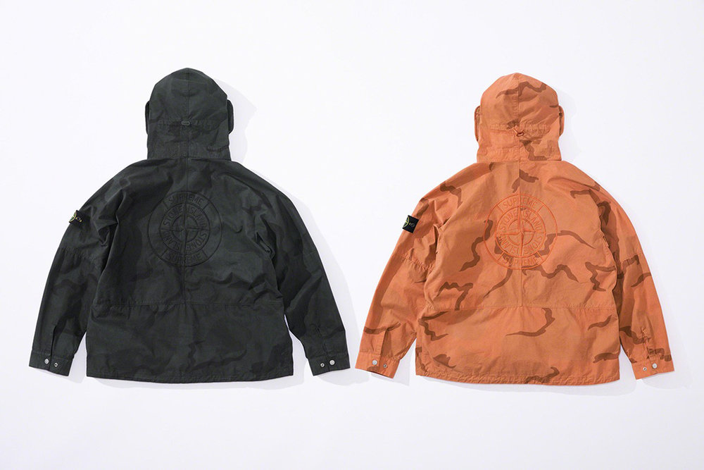 Newspread_Unveiling_The_Supreme_x_Stone_Island_2019_Spring_Summer_Collection_10.jpg