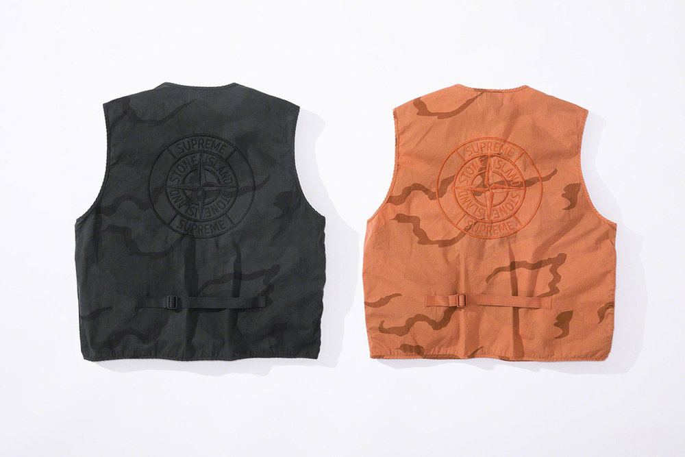 Newspread_Unveiling_The_Supreme_x_Stone_Island_2019_Spring_Summer_Collection_12.jpg