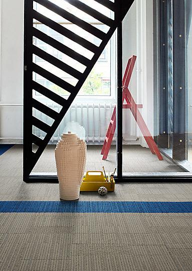 Interface-Equilibrium-Teppichfliesen-selbstliegend-verlegung-Office-und-DIY-2.JPEG