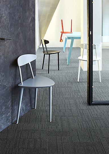Interface-Equilibrium-Teppichfliesen-selbstliegend-verlegung-Office-und-DIY-4.JPEG