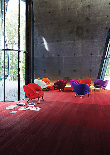 Interface-Luxury-Living--Teppichfliesen-selbstliegend-verlegung-Office-und-DIY-2.JPEG