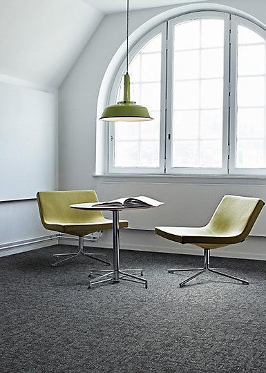 Interface-Teppichfliesen-selbstliegend-verlegen-Office-DIY-current-3.JPEG