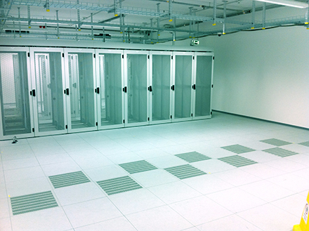 Doppelboden in einem Rechenzentrum