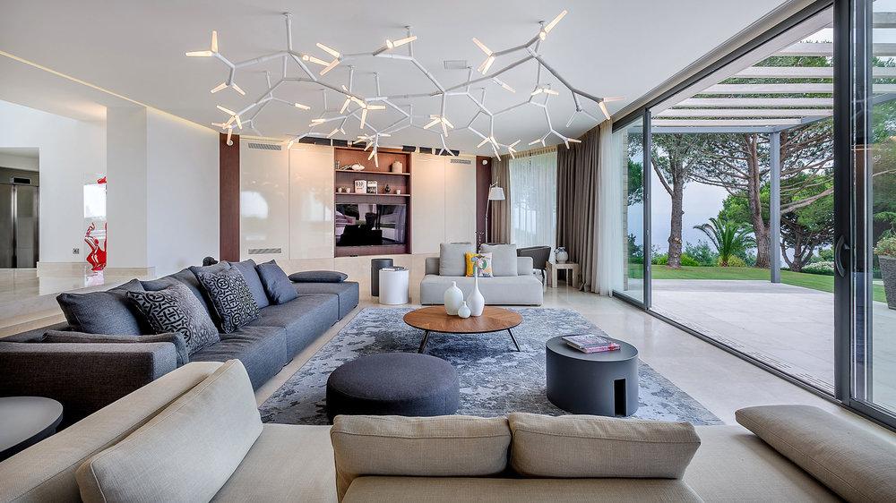 Villa-Cannes---Victor-Perez-Architecture-Photographer-03.jpg