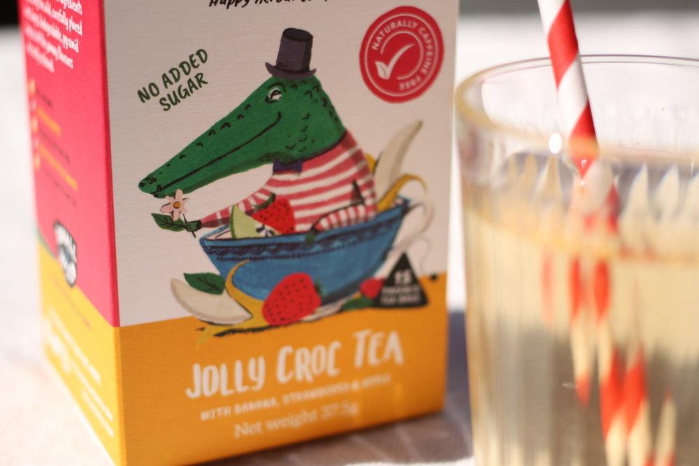 Jolly croc iced fruit tea with banana and strawberry.JPG