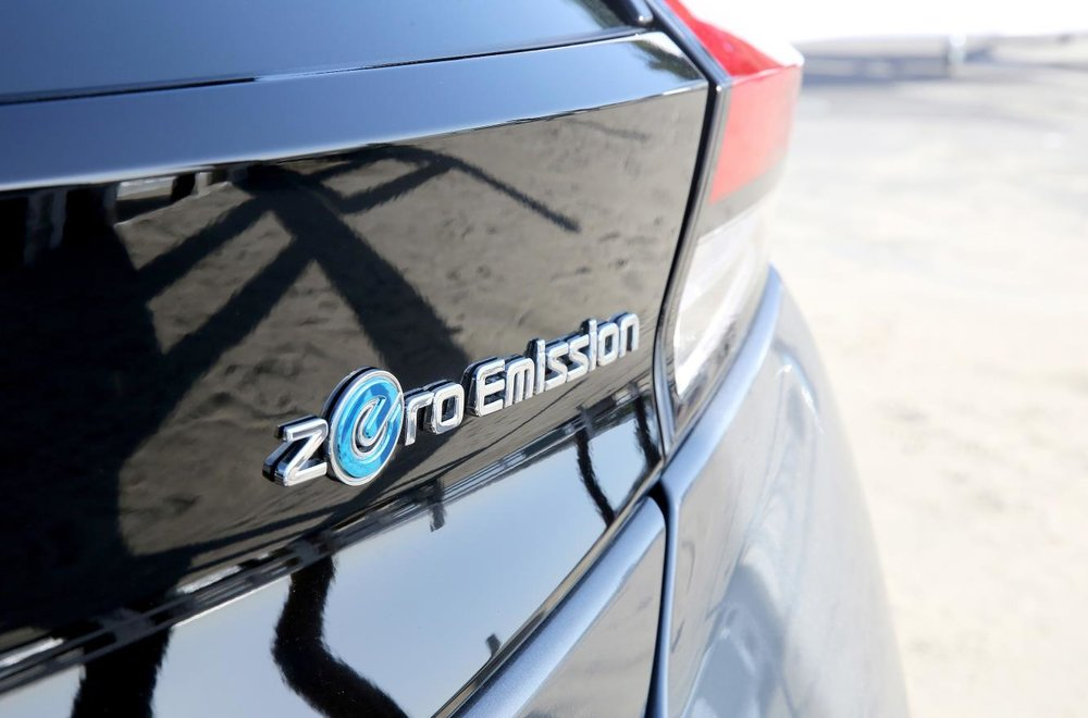 426226525_Nissan_Electric_Vehicles_and_sustainability_ambassador_Margot_Robbie.jpg