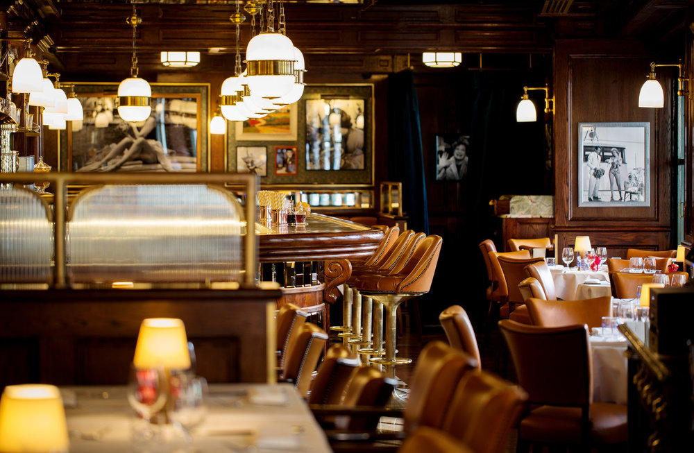 Harry's+Dolce+Vita,+Knightsbridge,+by+John+Carey+(2).jpg