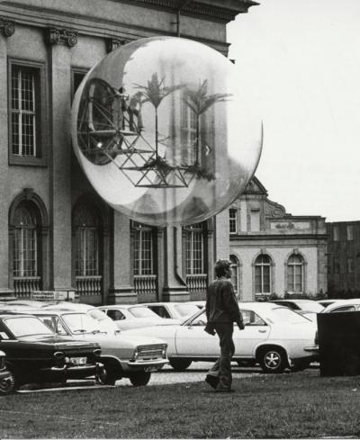 Oase no 7, Fridericaianum, documenta 5, Kassel 1972. Photo: Hein Engelskirchen