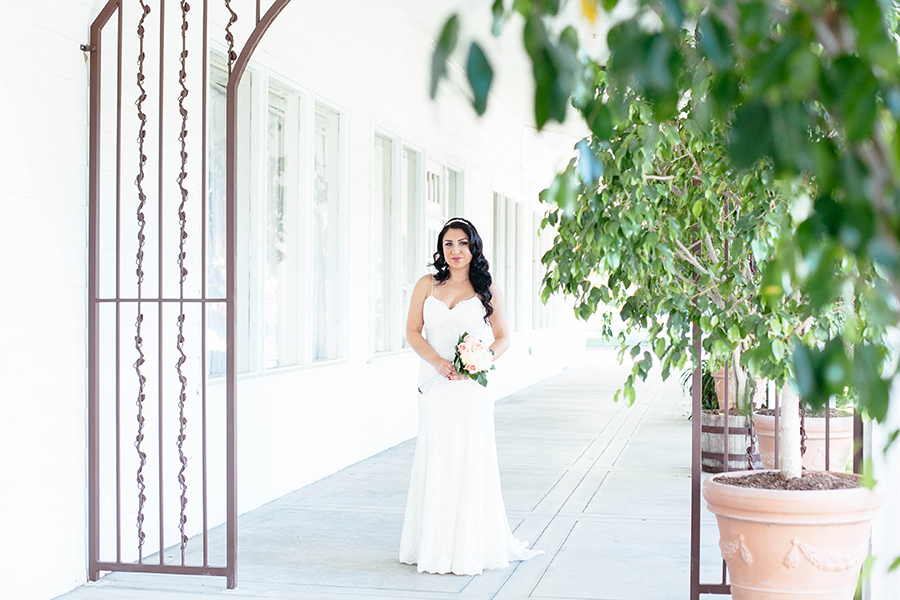 romantic-calamigos-losangeles-burbank-wedding-by-gabrielagandara-03