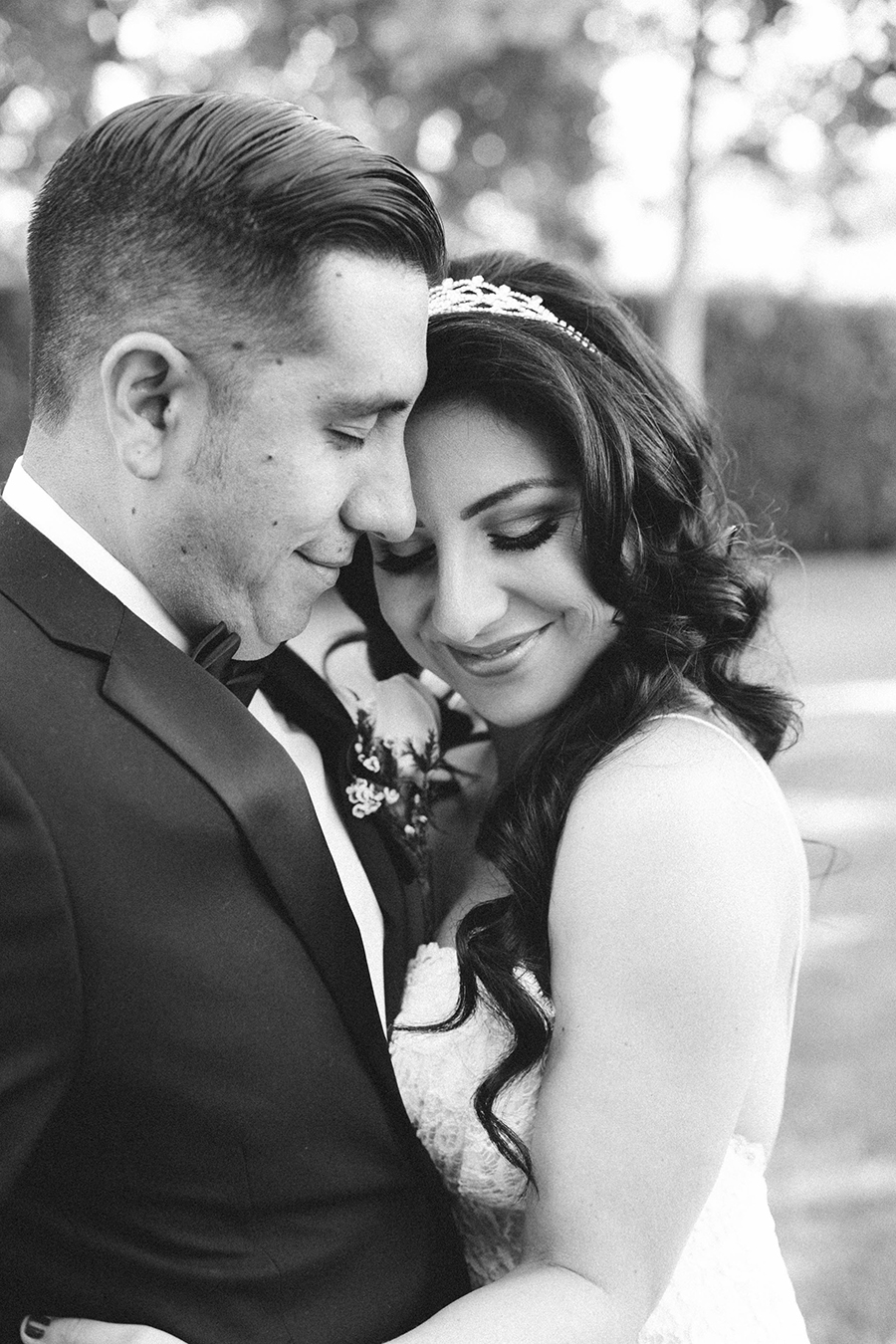 romantic-calamigos-losangeles-burbank-wedding-by-gabrielagandara-18