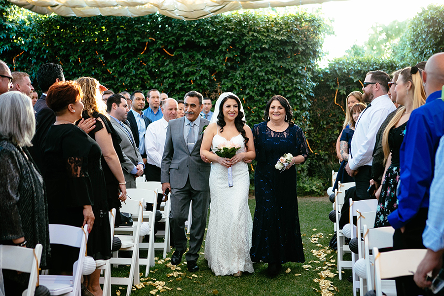romantic-calamigos-losangeles-burbank-wedding-by-gabrielagandara-22