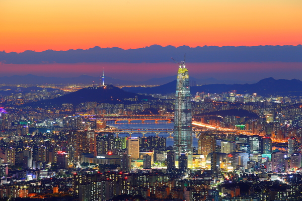 Seoul Lotte World Tower  Photo Credit: youtravel.com.au