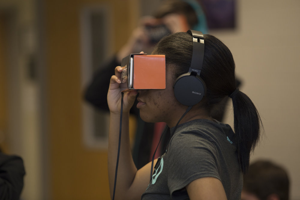 VR increases factual knowledge retention and test scores